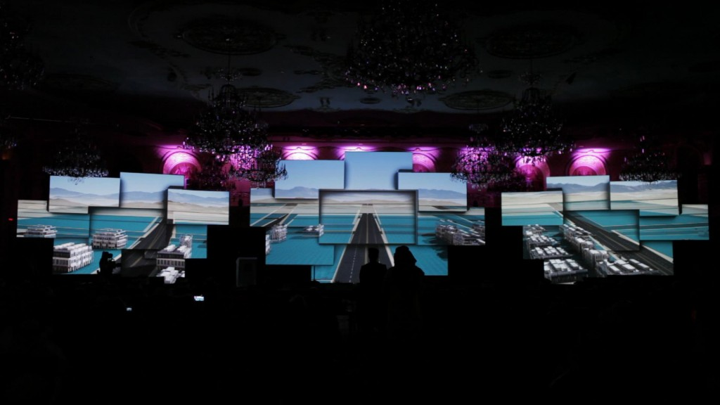 Projection-Advertising-indoor-video-mapping-event-in-Saudi-Arabia_2[1]